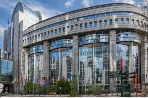 Revolving doors — The dirty downside of lobby politics in Brussels